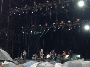 Nina Nesbitt en concert au Mainsquare Festival